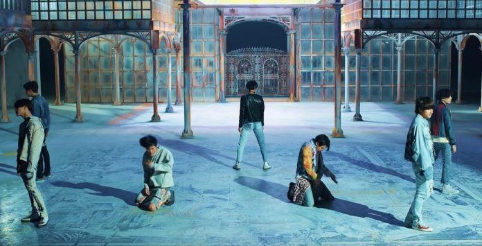 """""""Fake love"""" của BTS lập kỷ lục mới"""