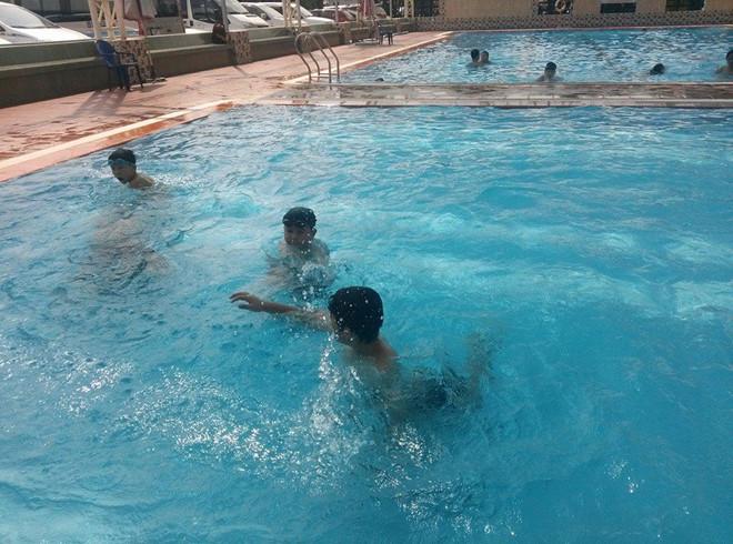 Nữ học viên chết đuối khi đang học bơi