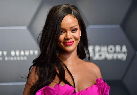 Rihanna, Adele và những nghệ sĩ cấm ông Trump sử dụng nhạc của mình