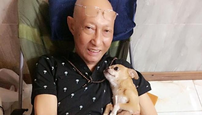 Nghệ sĩ Lê Bình đau đớn sau khi truyền thuốc điều trị ung thư phổi