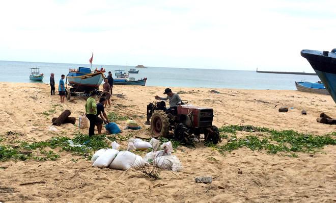 Đảo Phú Quý, nơi đầu tiên đón bão số 9