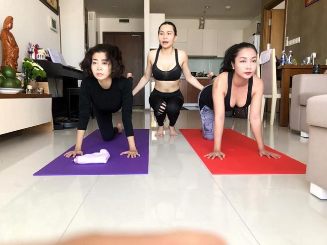 Mai Phương chăm chỉ tập yoga dù xương bị giòn vì ung thư phổi