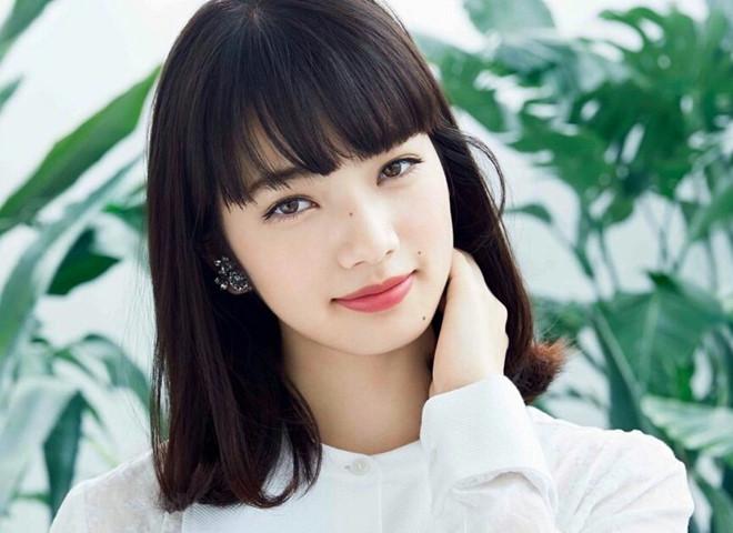 """""""Nữ thần học đường"""" và những sao nữ xinh đẹp bị ghét ở showbiz Nhật"""