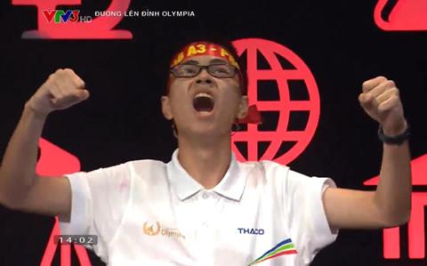 Thí sinh đầu tiên vào chung kết năm Olympia sau trận thi quý gay cấn