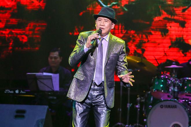 Tuấn Vũ gây xúc động trong live show tái ngộ sau gần 10 năm