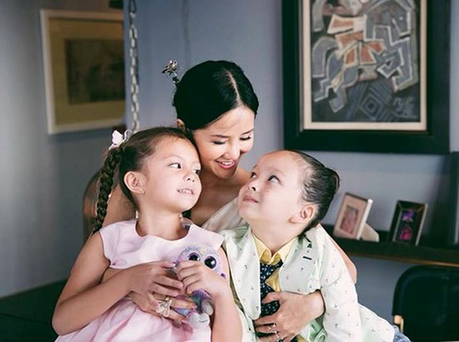 """Hồng Nhung sau ly hôn: """"Chấp nhận thực tế theo cách đỡ đau khổ nhất"""""""