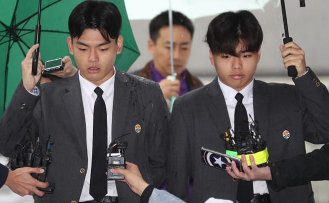 Nhà sản xuất Kpop bị giam giữ vì hành hạ nhóm nhạc nam