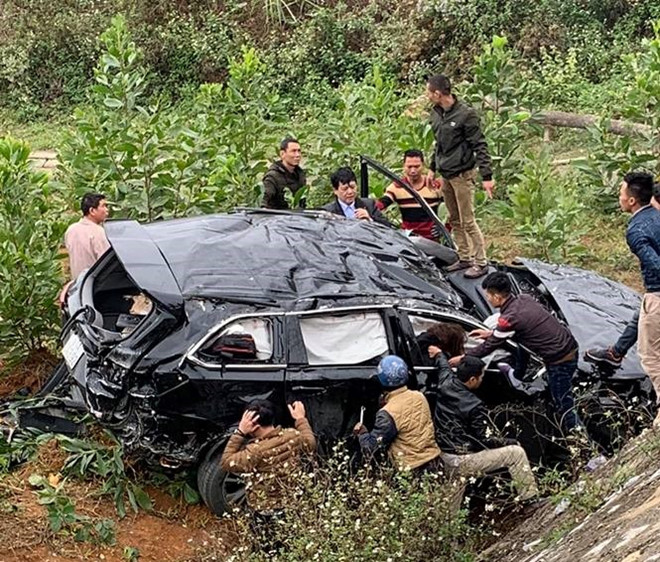 Nữ tài xế 9X vượt 50 km đưa 3 người gặp nạn đi cấp cứu