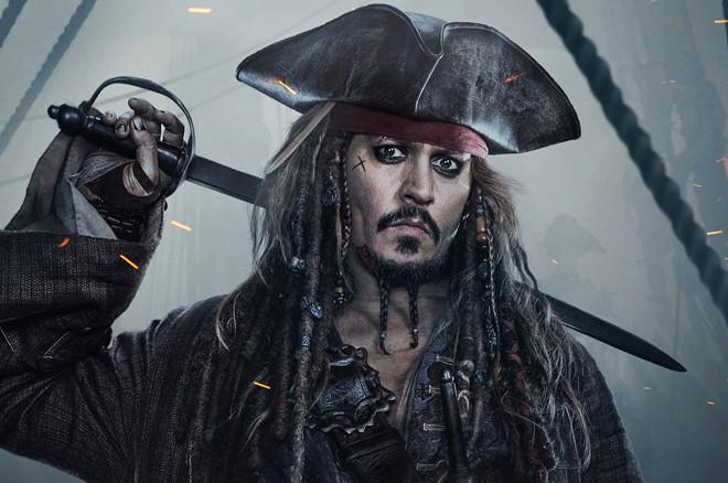 """Đá Johnny Depp khỏi """"Cướp biển"""", Disney tiết kiệm 90 triệu USD"""