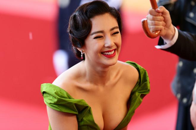Sao nữ phim Châu Tinh Trì bị chồng bắt quả tang ngoại tình ở khách sạn