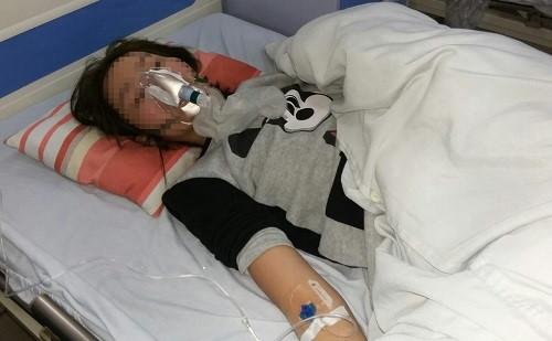 """Cô gái bị đánh ở Linh Đàm: """"Em ngửi thấy mùi rượu khi bọn chúng đến"""""""