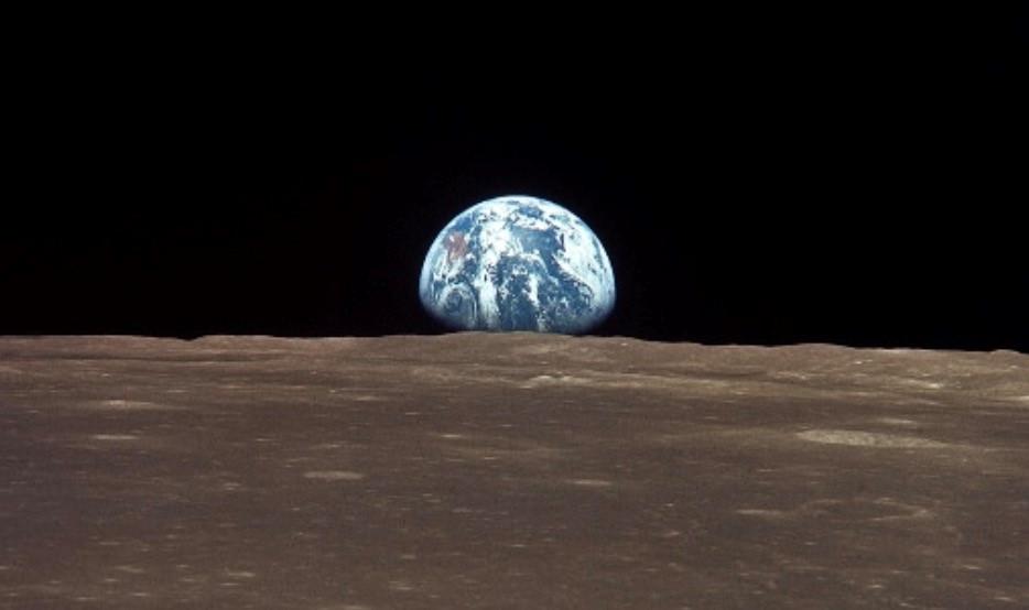 Mặt trăng có gì quý giá?