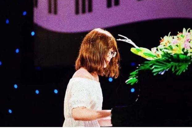 Fan Việt 15 tuổi của BTS qua đời vì ung thư khiến dân Hàn xúc động
