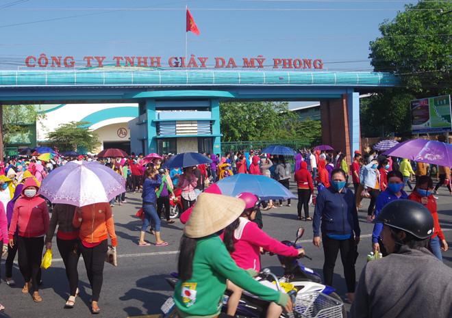 Khẩn trương hỗ trợ việc làm làm cho 10.000 công nhân mất việc sát Tết