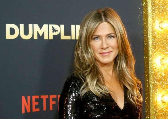 Jennifer Aniston: Sự mạnh mẽ của người phụ nữ bị bỏ rơi trong tình yêu