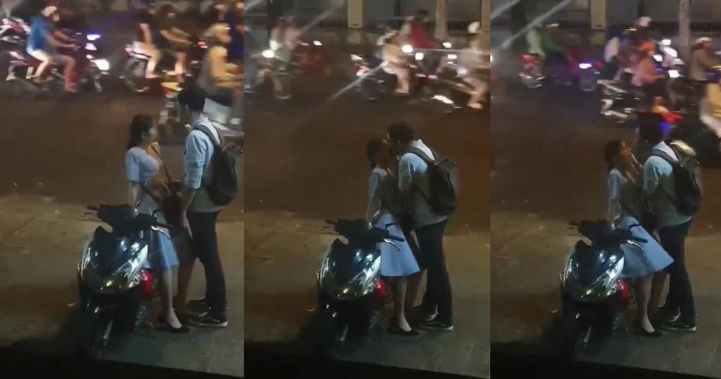 Tan chảy trước nụ hôn vội vã lúc tạm biệt của cặp đôi trẻ ở bến xe bus