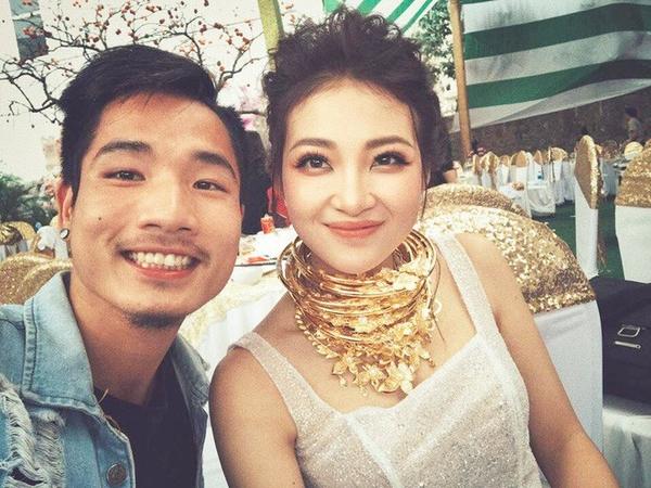 Cô dâu khoe ảnh trăng mật bên Hàn Quốc sau đám cưới khủng ở Nam Định