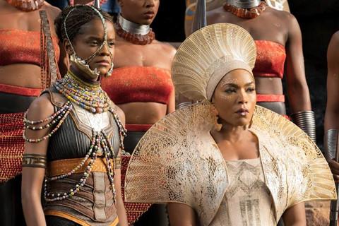 """Cú ăn ba lịch sử của """"Black Panther"""" ở Oscar và lời đố kị """"mua giải"""""""