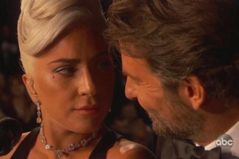 """Dư luận dậy sóng vì màn song ca """"Shallow"""" tại Oscar 2019"""