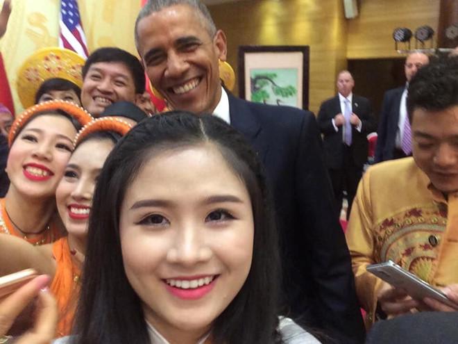 """9X từng bắt tay ông Obama: """"20 năm sau vẫn vẹn nguyên cảm xúc"""""""