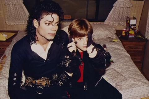 Phim tố Michael Jackson ấu dâm liệu có nói đúng sự thật?