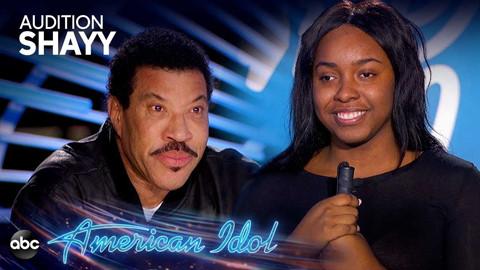 Lionel Richie rơi nước mắt trước câu chuyện của thí sinh American Idol