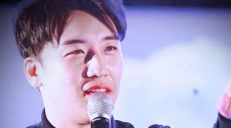 Seungri khóc, quỳ xin lỗi fan tại concert cuối trước khi vướng lao lý