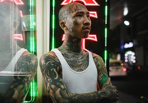 Xăm kín mặt, những thanh niên Sài Gòn bị coi như người ngoài hành tinh