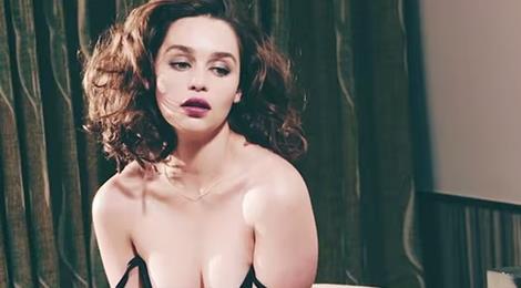 Emilia Clarke hai lần suýt chết vì chứng phình mạch máu não
