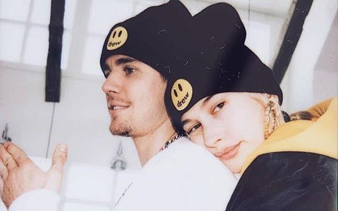Hailey bị fan Justin Bieber bịa chuyện hai vợ chồng