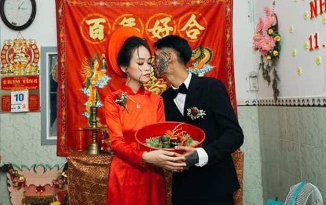 Đám cưới chú rể xăm nửa mặt khiến CĐM tranh cãi