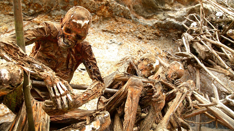 Ướp xác, kền kền rỉa thây và những tục lệ mai táng kỳ dị trên thế giới