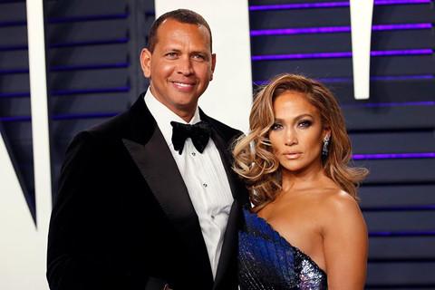 Jennifer Lopez lên tiếng về tin đồn chồng sắp cưới ngoại tình