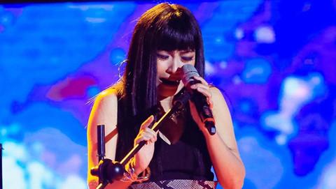 Phương Thanh khóc nức nở khi hát hit của Minh Thuận