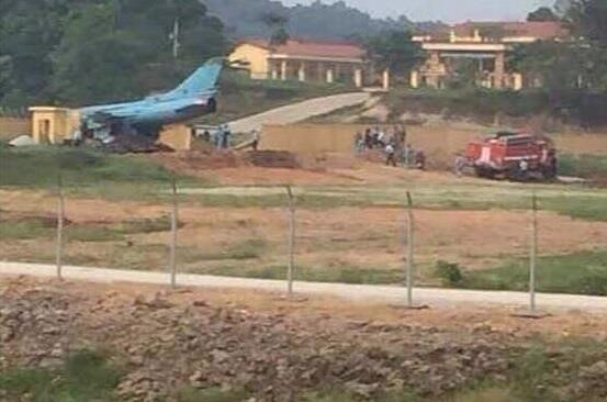 Máy bay chiến đấu Su-22 gặp nạn