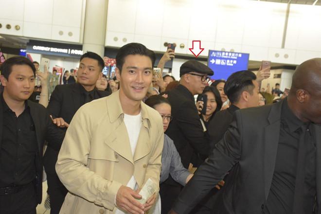 Sao TVB làm vệ sĩ cho Siwon, khoe cát-xê cao hơn đóng phim
