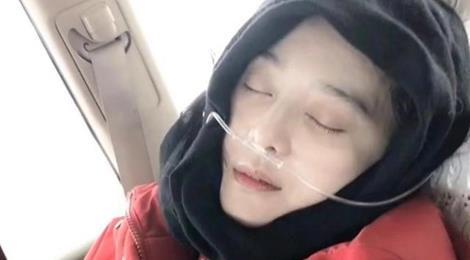 Phạm Băng Băng phải thở bình oxy trên đường đi từ thiện