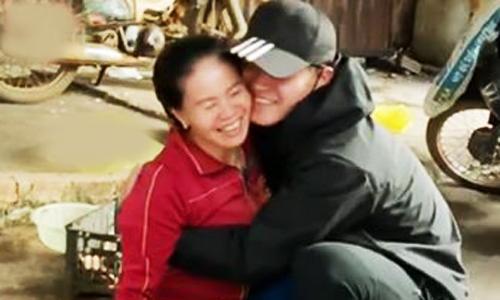 Chàng trai Đăk Lăk gặp mẹ sau 3 năm hút triệu view