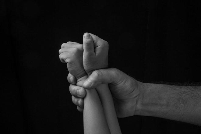 Hàng triệu trẻ em Trung Quốc bị xâm hại tình dục