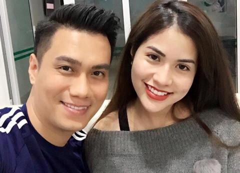 Việt Anh và vợ hot girl bị nghi trục trặc tình cảm