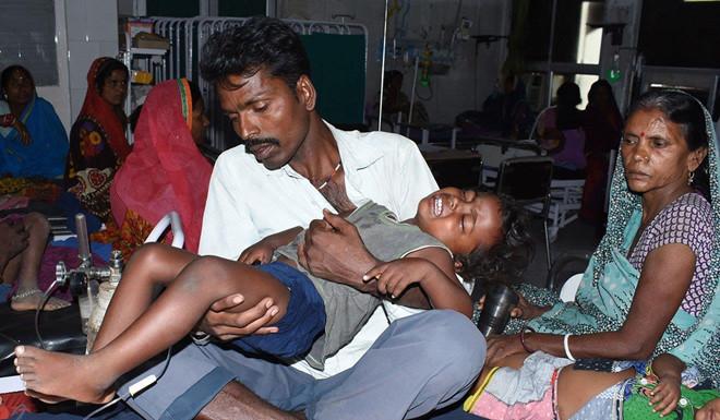 Quả vải gây bệnh viêm não bí ẩn ở Ấn Độ, 113 người thiệt mạng