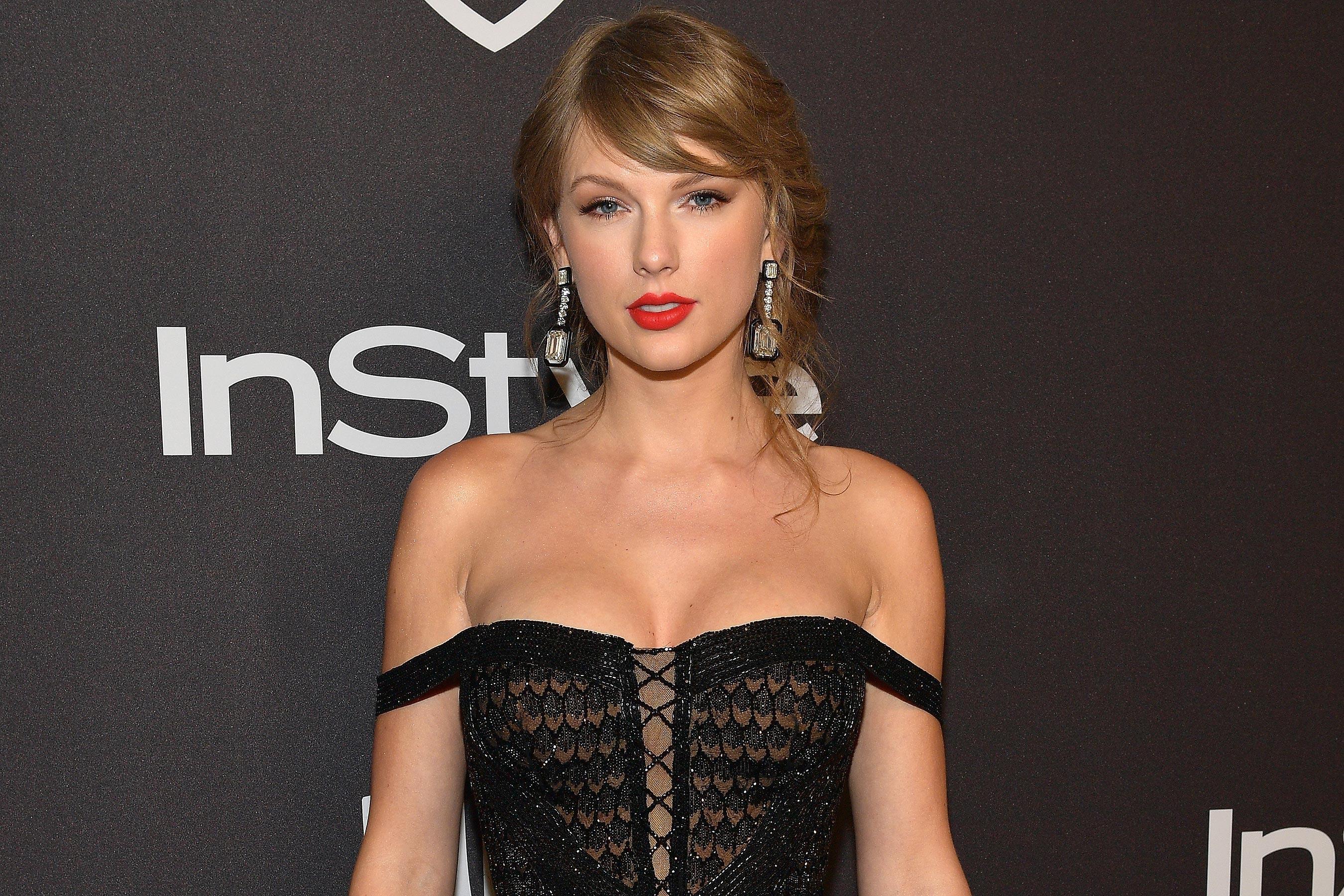 Taylor Swift dẫn đầu top 100 người nổi tiếng kiếm tiền nhiều nhất năm 2019