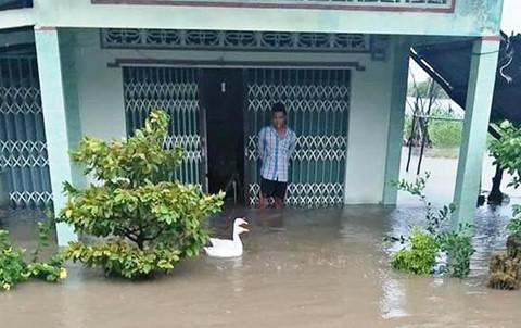 Xuất hiện áp thấp mới trên Biển Đông, miền Tây mưa lớn