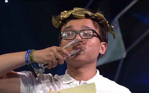 """Nam sinh Sài Gòn """"đảo ngược tình thế"""" giành vé thi quý Olympia"""