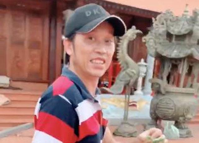 Hoài Linh làm vườn để chuẩn bị lễ giỗ Tổ nghề