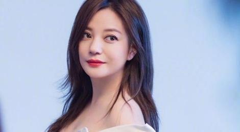 Triệu Vy lên tiếng về tin mang thai con thứ hai ở tuổi 43