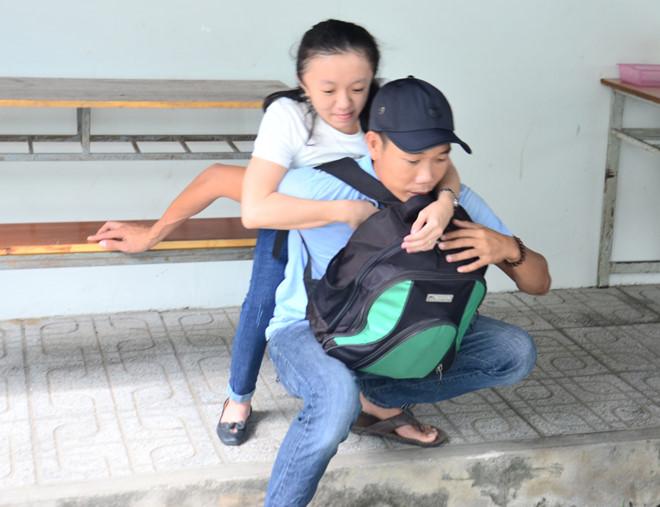 Hành trình đến giảng đường của cô học trò xương thủy tinh