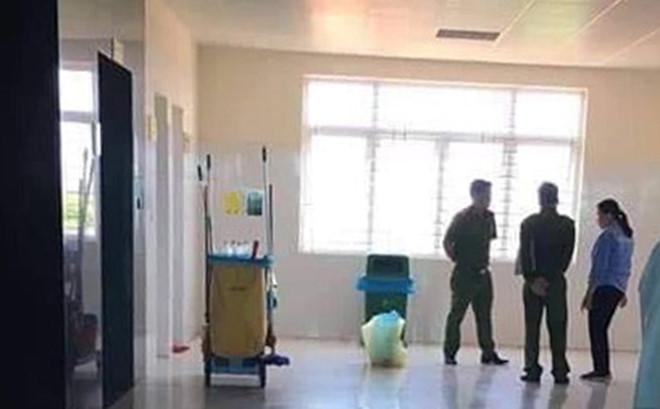 Phát hiện bé gái sơ sinh tử vong trong thùng rác trung tâm y tế