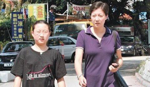 Con gái riêng của Thành Long làm hòa với mẹ