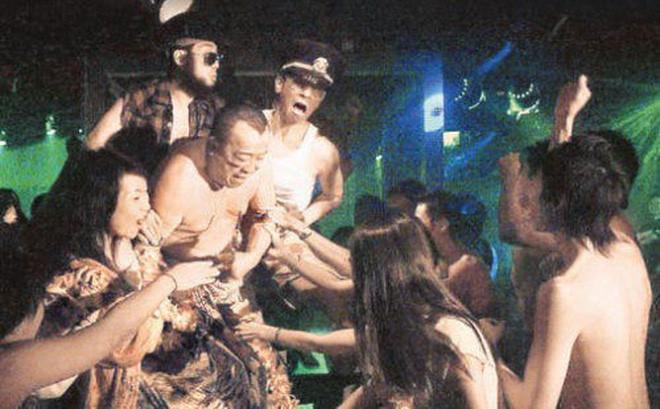 Những buổi tiệc triệu USD ở showbiz - sex, ma túy và cái chết trẻ